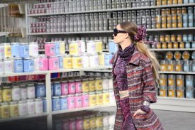 chanel-shopping-center-PFW-fw-14-11