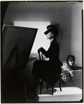 horst_hat_dressHat and coat-dress by Bergdorf Goodman, modelled by Estrella Boissevain, 1938. © Condé Nast:Horst Estate
