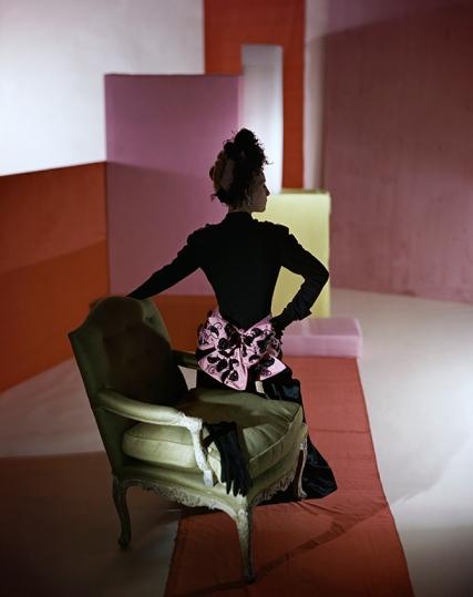 horst_schiaparelliDinner suit and headdress by Schiaparelli, 1947. © Condé Nast:Horst Estate