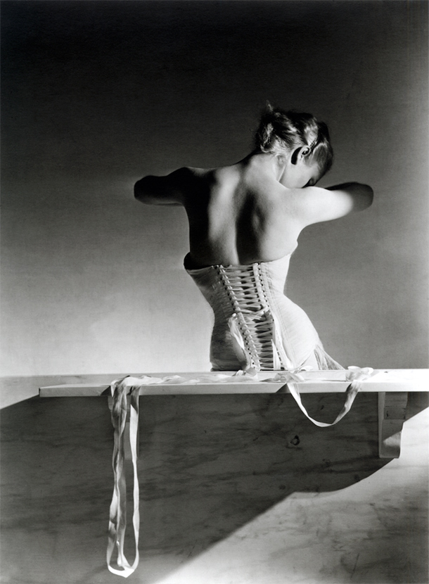 mainbocher_corsetMainbocher Corset (pink satin corset by Detolle), Paris, 1939. © Condé Nast:Horst Estate