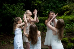 Isabella Speight, Masha Warning, Ellie Bidman, Melissa Sanger, Charlotte Touboulic in She Moon Love Spell